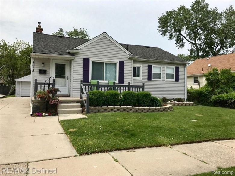 2675 Kenmore Road, Berkley, MI 48072