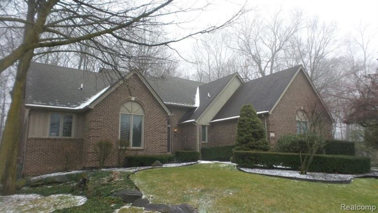 10778 HARVEST Court, Plymouth, MI 48170