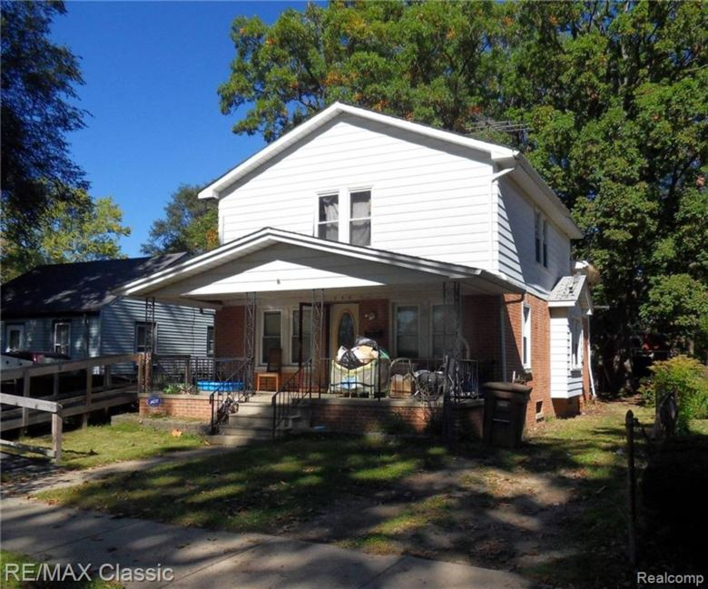 256 W CHICAGO Avenue, Pontiac, MI 48340
