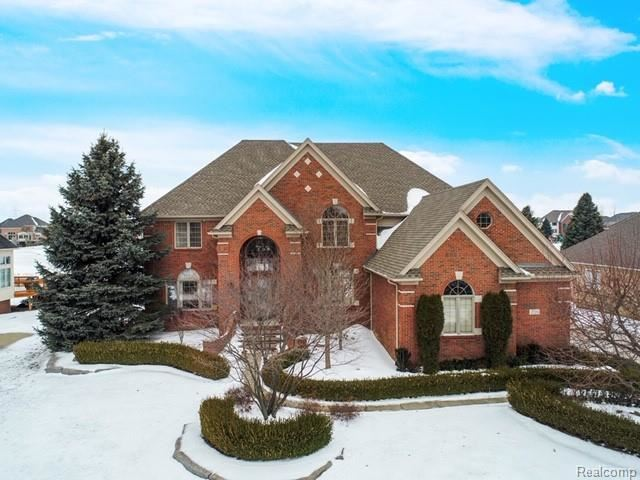2720 PEBBLE BEACH Drive, Oakland, MI 48363