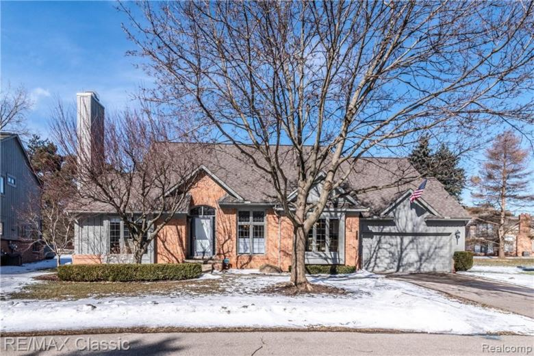 37560 BURTON Court, Farmington Hills, MI 48331