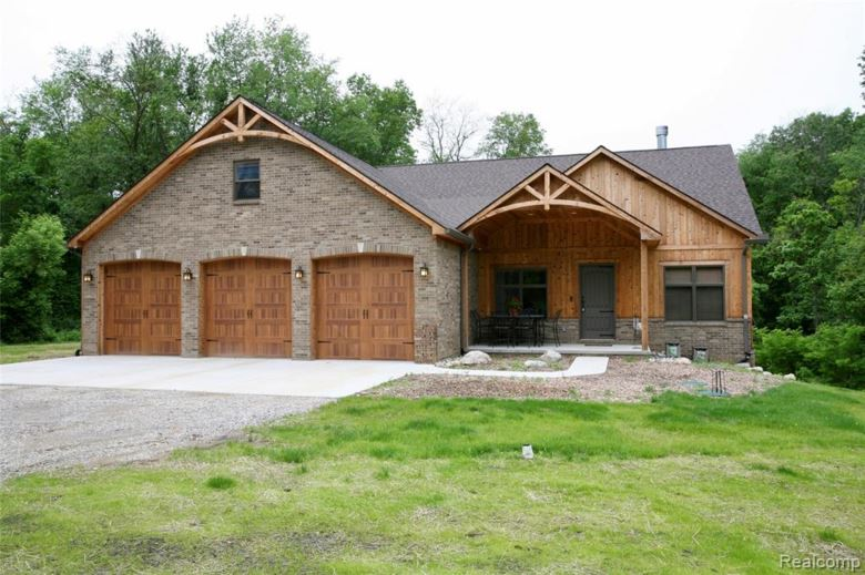 2980 WILDWOOD Road, Holly, MI 48442