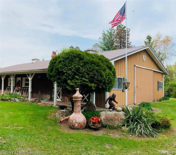 13317 WASHBURN Road, Otter Lake, MI 48464