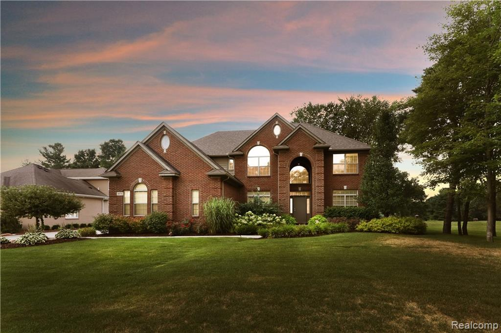4876 Crooked Stick Court, Brighton, MI 48116