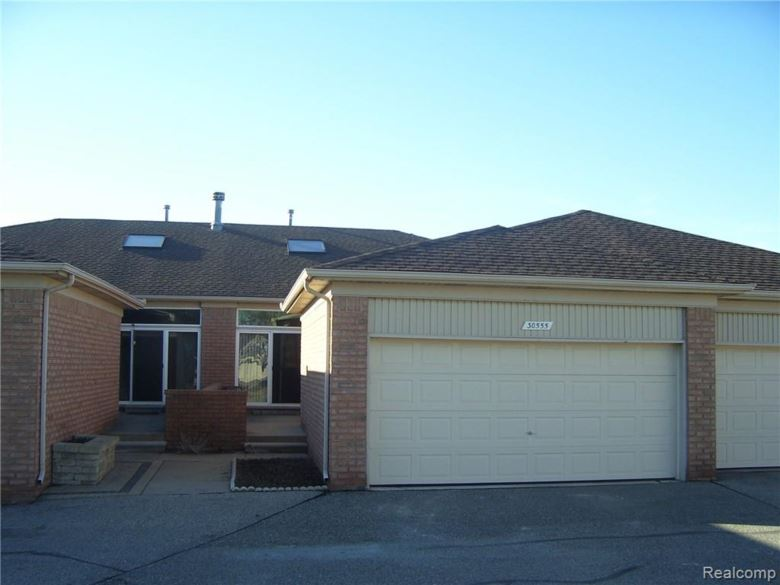 30555 MARY FRANCIS Court, Chesterfield, MI 48051