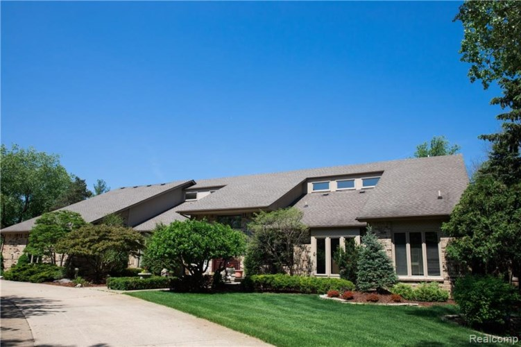 1651 WASHINGTON Road, Rochester Hills, MI 48306