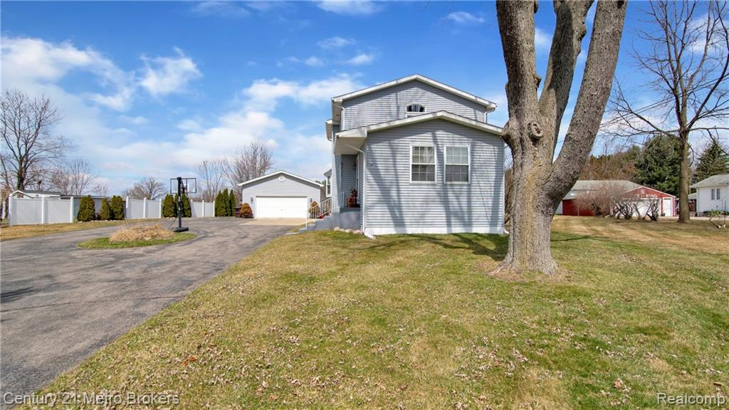 6317 RICHFIELD Road, Flint, MI 48506