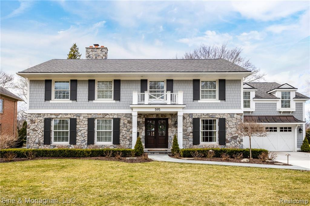 595 Ballantyne Road, Grosse Pointe, MI 48236