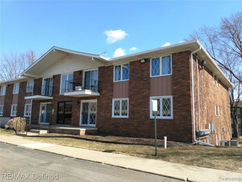 54679 SHELBY Road, Shelby Twp, MI 48316
