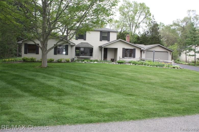 3383 ELDER Road, West Bloomfield, MI 48324