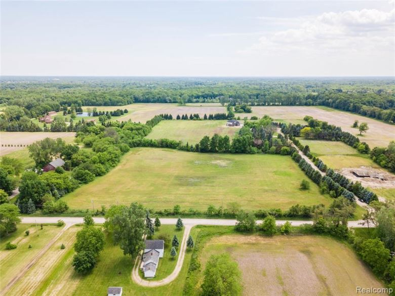 66710 FREIGANG Road, Ray Twp, MI 48096