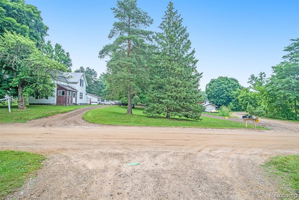 4682 Eager Road, Howell, MI 48855