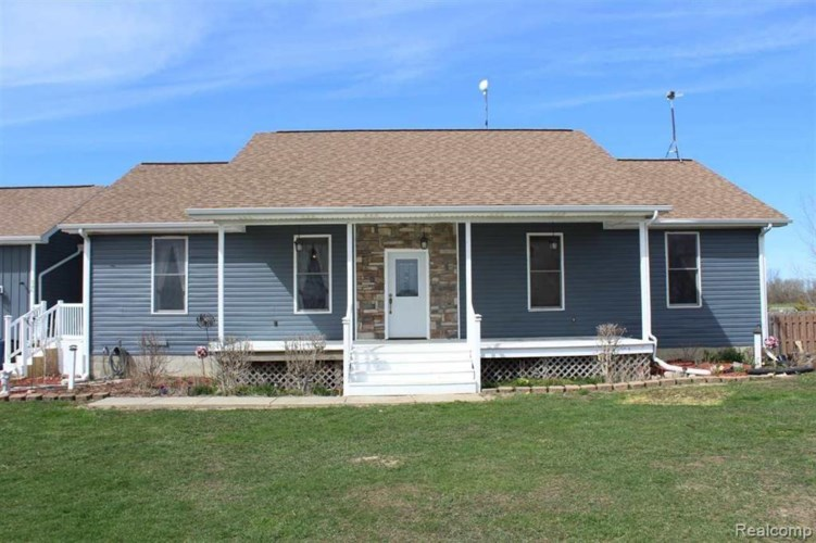 3692 BROOKS Road, Brown City, MI 48416