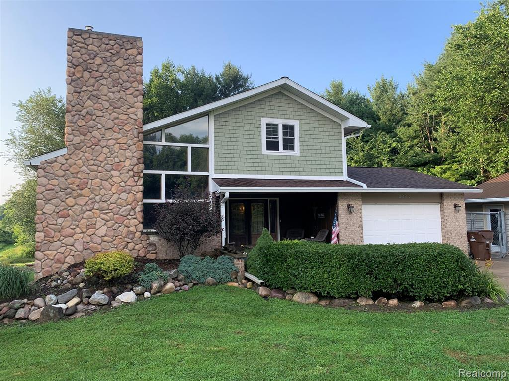 2882 PERRINE, Rives Junction, MI 49277
