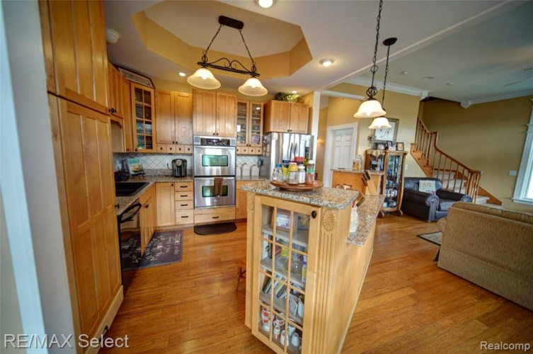 3303 N IRISH Road, Davison, MI 48423