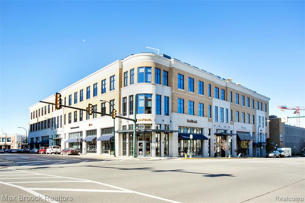 327 N Old Woodward Avenue #401, Birmingham, MI 48009