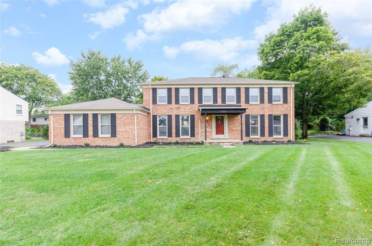 4020 OLD DOMINION Drive, West Bloomfield, MI 48323