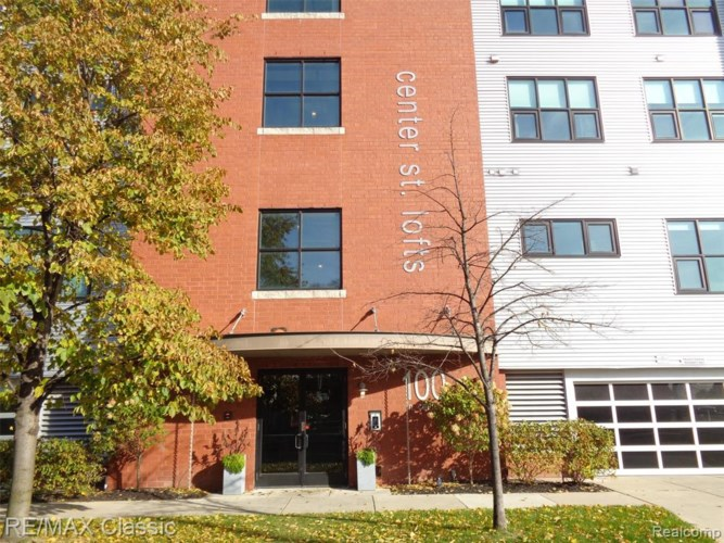 100 N CENTER Street #202, Royal Oak, MI 48067
