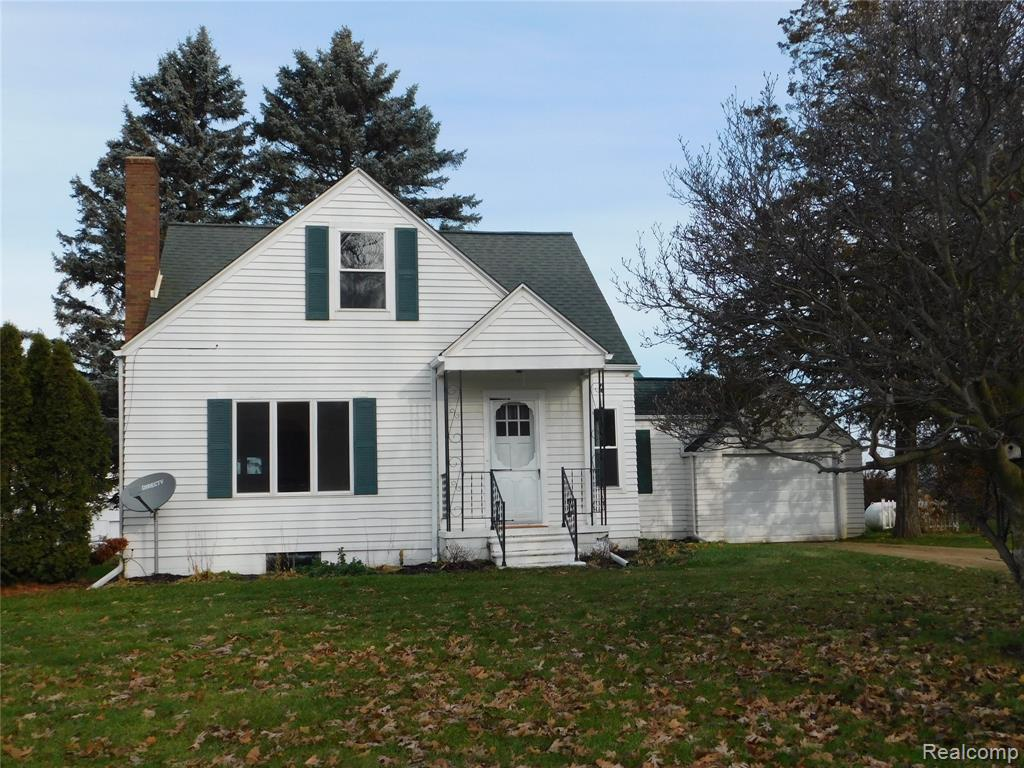 3711 E Lovejoy, Byron, MI 48418