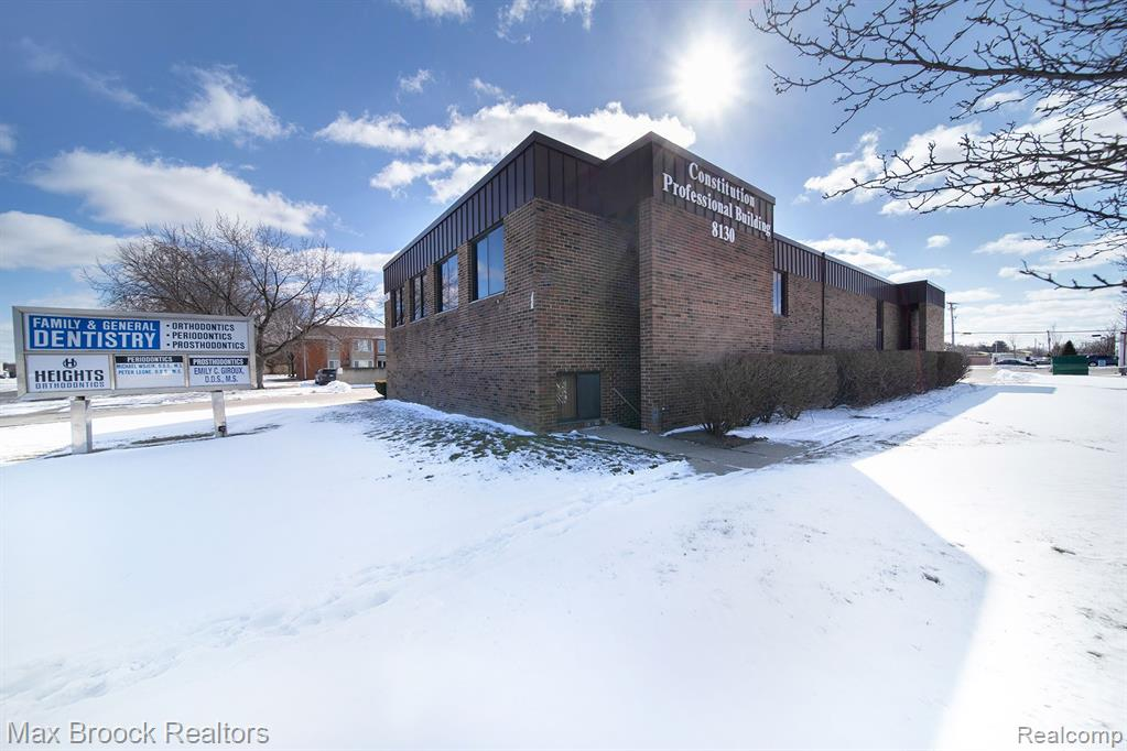 8130 CONSTITUTION Boulevard, Sterling Heights, MI 48313