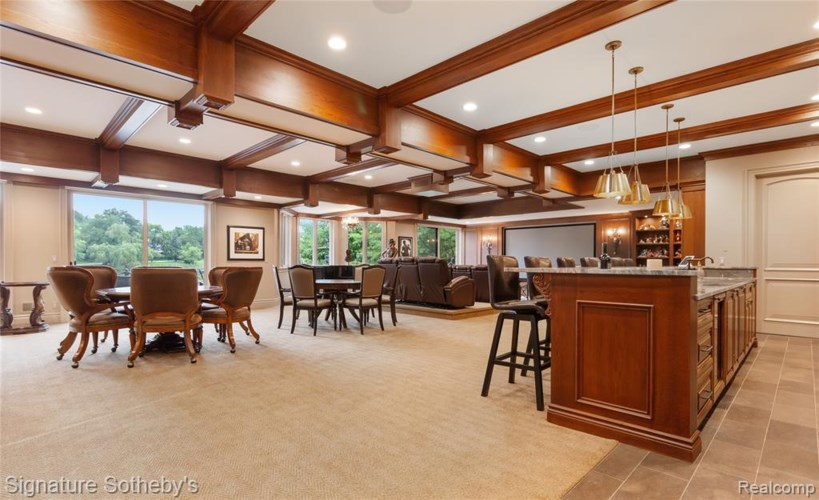 2915 TURTLE POND Court, Bloomfield Hills, MI 48302