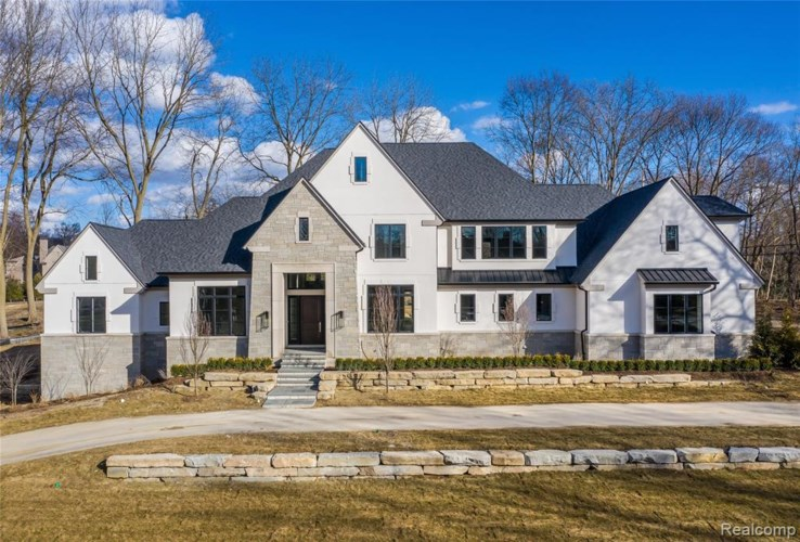 30 ORCHARD Lane, Bloomfield Hills, MI 48304