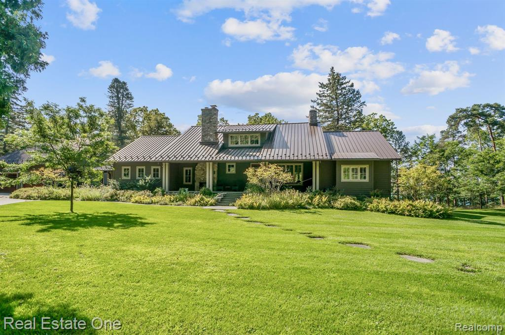 3500 BRIAR HILL Road, Highland, MI 48357