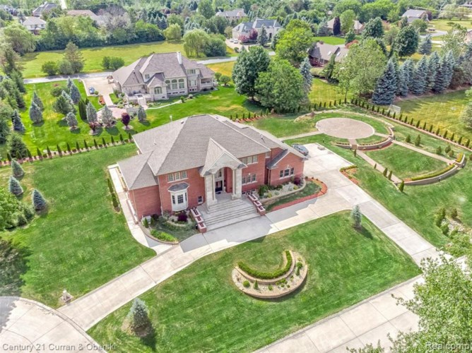 12823 MYSTIC FOREST Drive, Plymouth, MI 48170