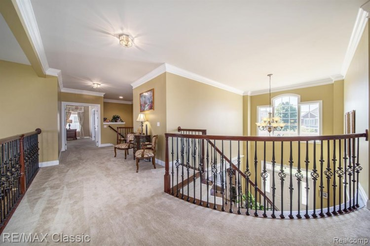 24828 MALLARD TRAIL Lane, Novi, MI 48374