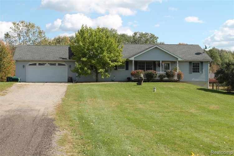 5705 Bull Run Road, Gregory, MI 48137