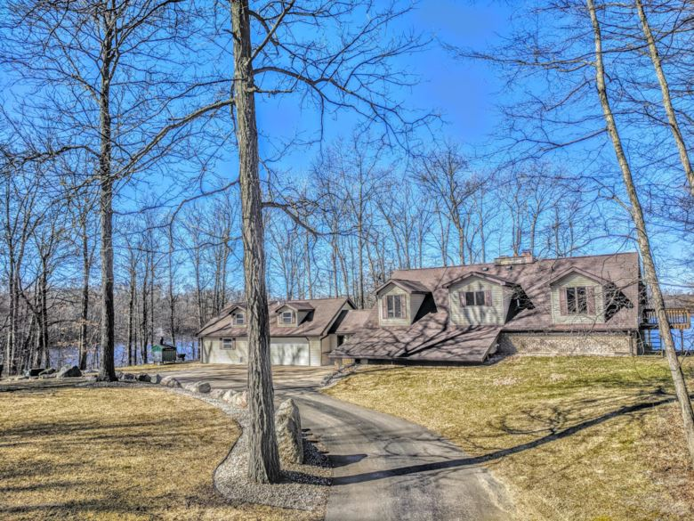 11480 M 37 Highway S, Dowling, MI 49050