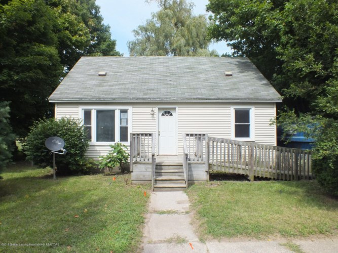 457 Booth Street, Grand Ledge, MI 48837