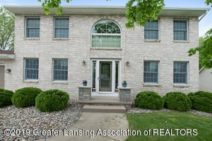 11795 Shady Pines Drive, Grand Ledge, MI 48837