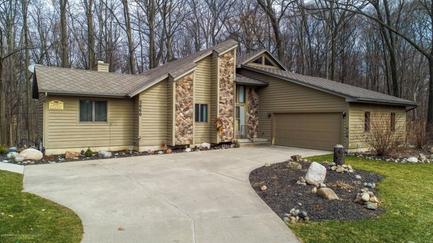 2860 Shadow Wood Drive, Holt, MI 48842