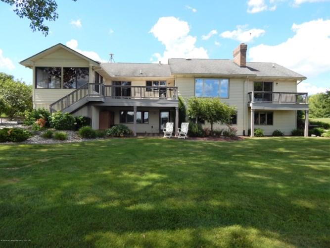 9283 Scenic Lake Drive W, Laingsburg, MI 48848