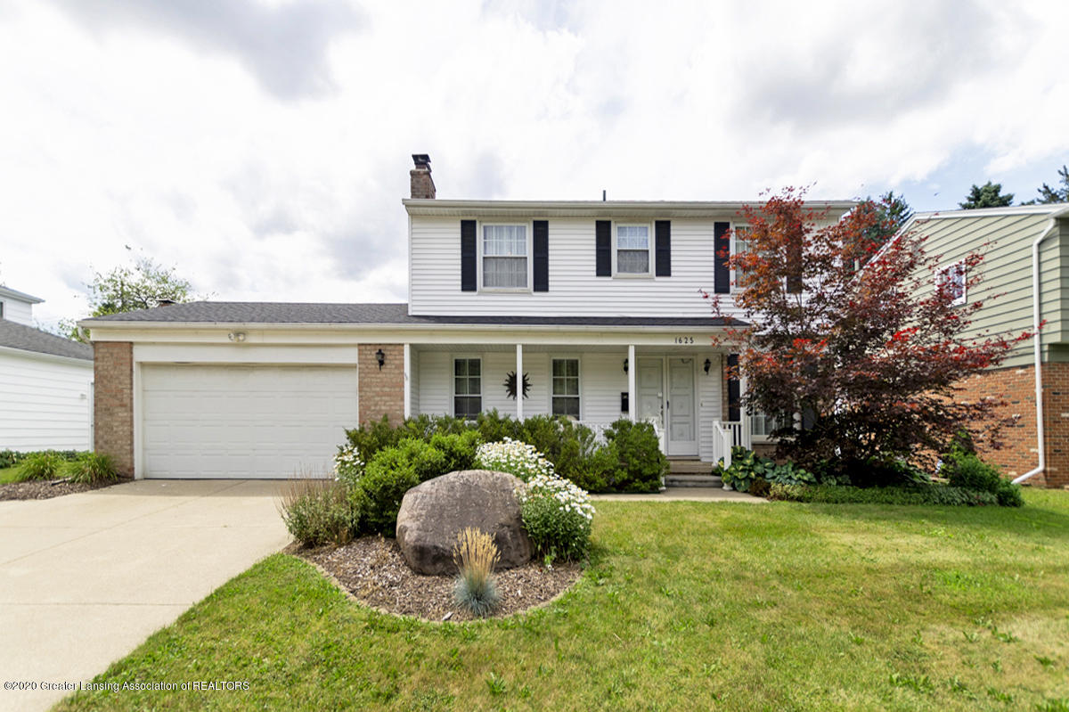 1625 Fairview Avenue N, Lansing, MI 48912