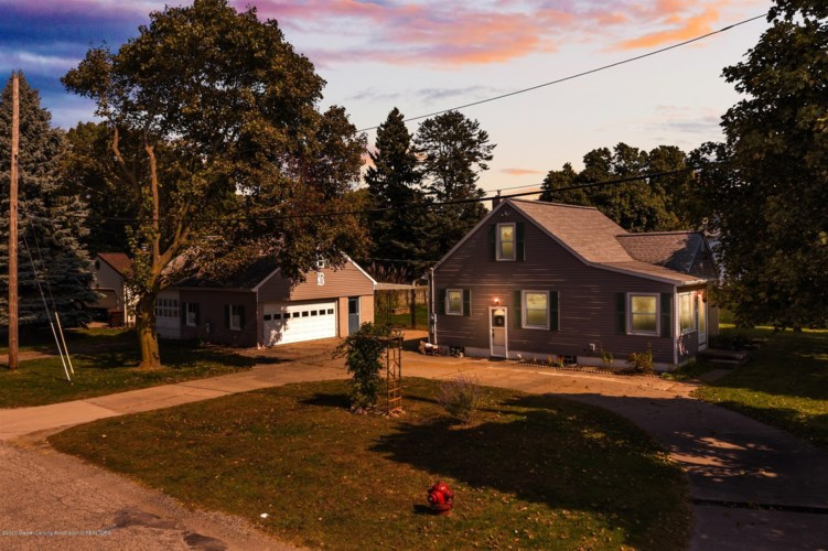 3616 St. Joseph Street W, Lansing, MI 48917