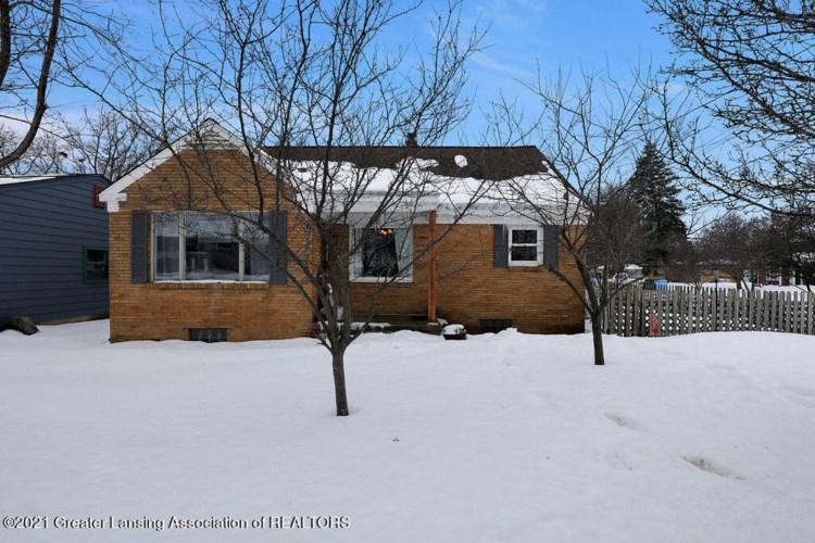 3811 Grand River Avenue N, Lansing, MI 48906