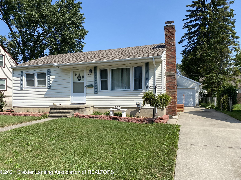 1816 Rundle Avenue W, Lansing, MI 48910