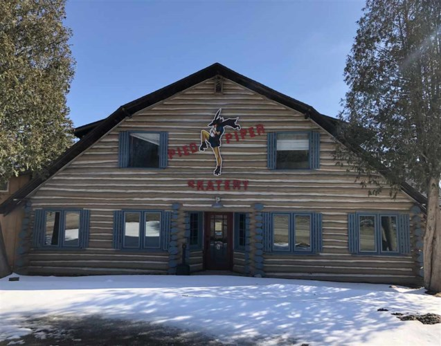 04454 M-75 N., Walloon Lake, MI 49796