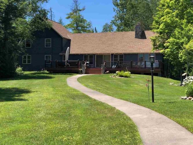 06016 Pine Lake Club Drive, Charlevoix, MI 49720