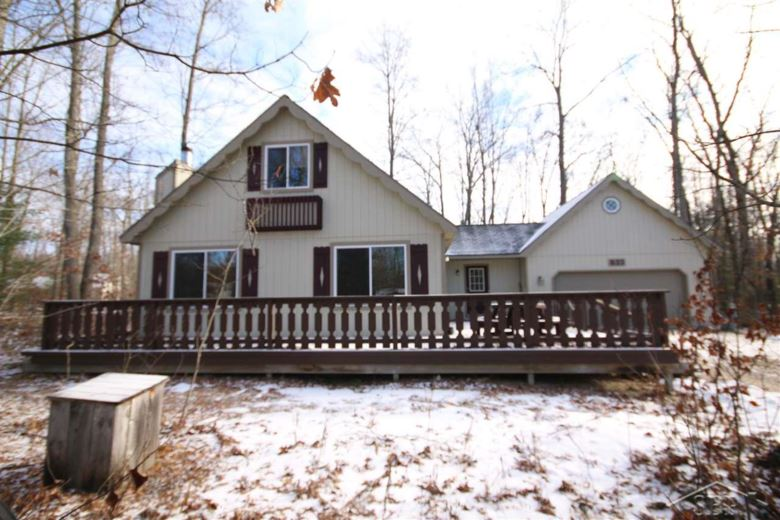 833 Goldenrod, Houghton Lake, MI