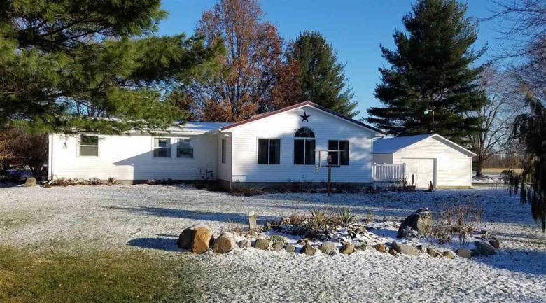 5040 Chesaning Road, Chesaning, MI 48616