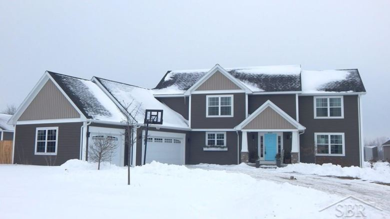 8415 Summer Ridge Ct, Freeland, MI 48623