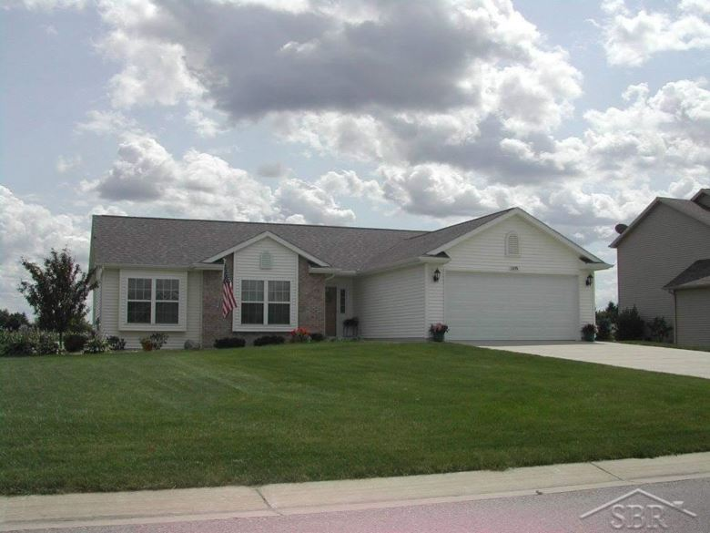 5835 Lakecress Drive South, Saginaw, MI
