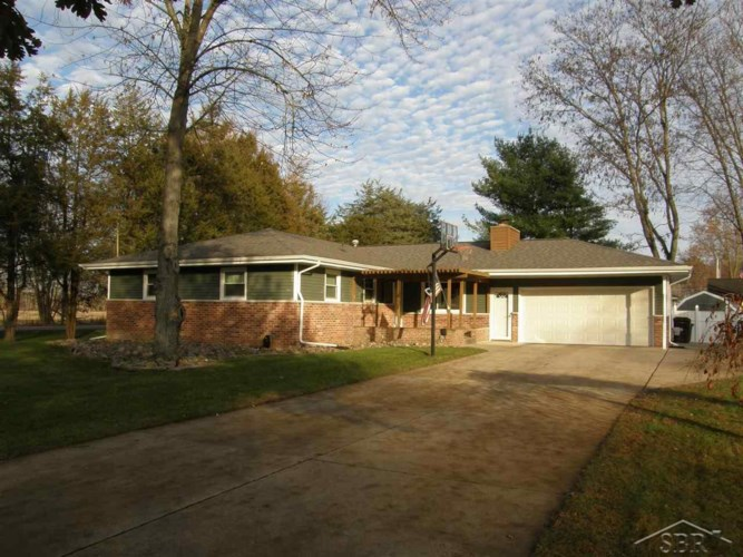 512 Andres Street, Chesaning, MI