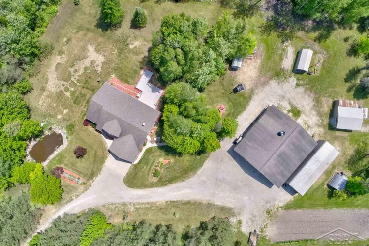 178 E Mount Forest Rd., Pinconning, MI 48650