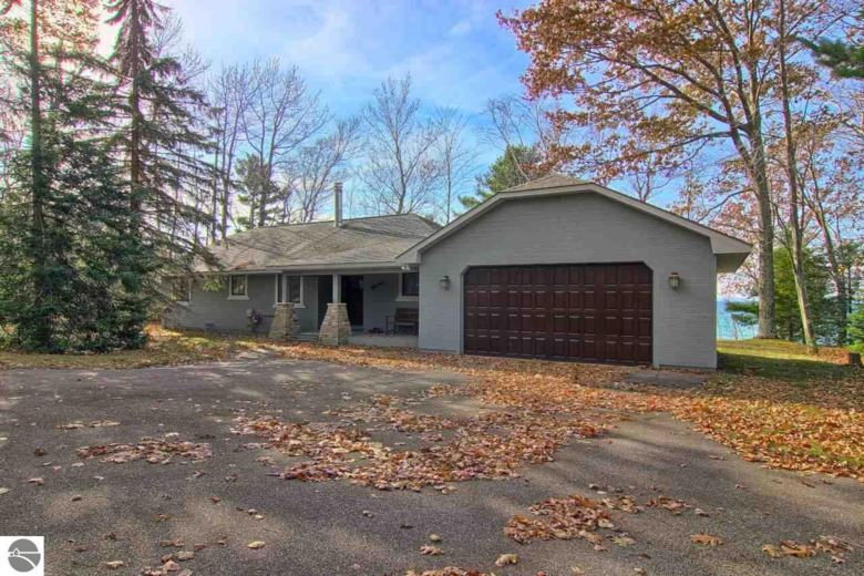 503 N Golden Beach Drive, Kewadin, MI 49648