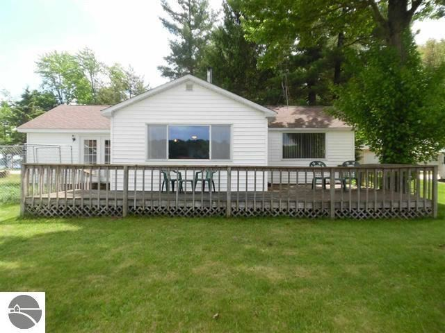 15166 Sandbar Point, Leroy, MI 49655