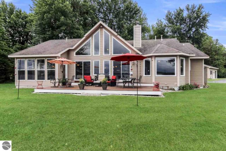 3666 Peninsular Shores Drive, Grawn, MI 49637